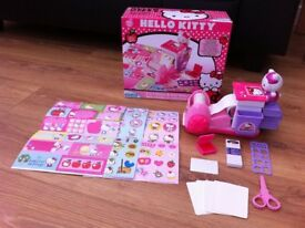 Hello Kitty 2 in 1 Sticker and Card Maker £5