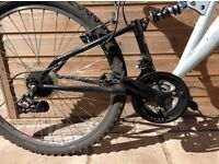 Mountain bike, dual suspension, 18 gears. NO CHAIN selling for parts or as refurb project.