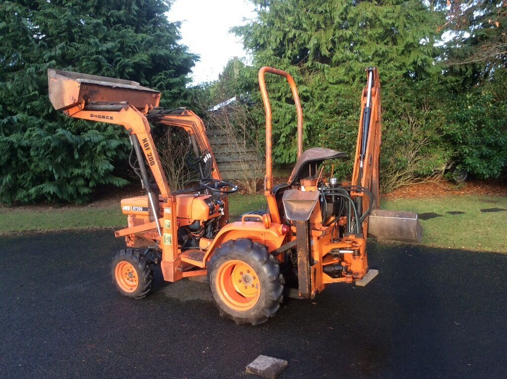 Small Tractors With Loaders : Kubota b compact tractor with loader and back actor