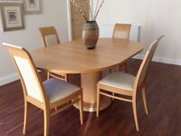 Oak Extendable Dining Table & 4 Chairs