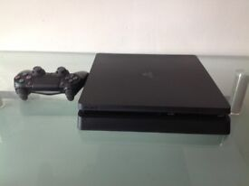 Sony PlayStation 4 Slim – 1 TB (1000 GB) and 1 Controller, 1 Game, All Leads, box ,great like new