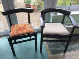 2 solid wood carvers and 2 matching chairs