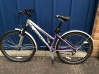 Women's bike, Giant XS in excellent condition