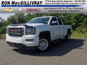 2016 GMC Sierra 1500 SLT..Low KM..$372 B/W Tax Inc..GM Certified