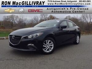 2015 Mazda MAZDA3 GX..Low KM..$115 B/W Tax Inc..GM Certified