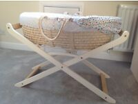 Baby crib / Moses basket with stand, excellent condition