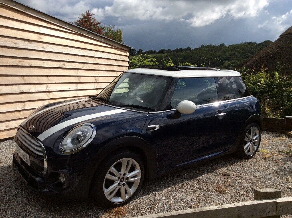 Mini Cooper D With John Cooper Works Chilli Pack