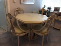 Dinning table 4to6 with extension out and matching sideboard