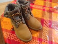 Timberland men's boots New 7.5 Harris Tweed detail Boxed