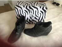 Ladies No Name black shoes/trainers size 37