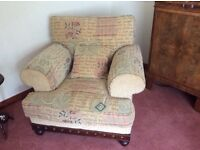 Beautiful 3 seater Sofa and 2 Armchairs for sale - Cost £2000 new - absolute bargain at £400