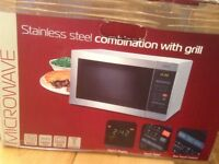 Tricity TMC209 25L Grill 2400W Combination Oven & Grill Microwave - Silver