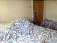 Double room in 4 bedroom house