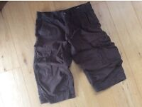 H&M Men's Dark Brown 3/4 length Cargo Shorts 34""