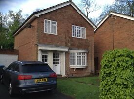 2 single Rooms, Welwyn Garden. Quiet and Clean. Available immediately