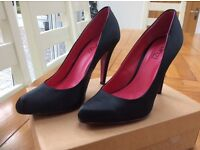Ladies black high heel shoe