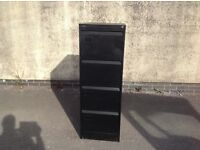 SILVERLINE FILING CABINET FOUR DRAWER IN VERY GOOD CONDITION