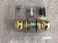 Seven lockable door knob sets