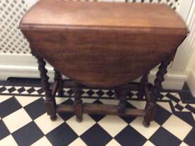 Lovely Vintage Solid Oak Table