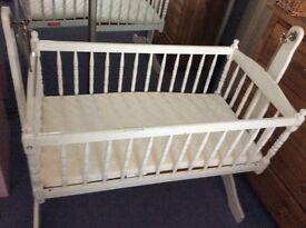 Wooden swinging crib REDUCED