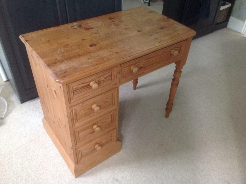 Small Pine Desk With Drawers In
