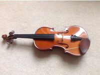 Violin. Youngsters 3/4 suitable for beginner. Almost new .