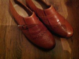Ladies tan hotter shoes size 5 - 5 1/2