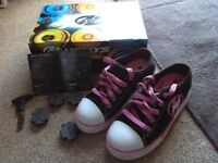 Girls black/ pink Heelys UK size 2