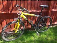 Yellow/Black GIANT Boulder ALU Shock mountain bike
