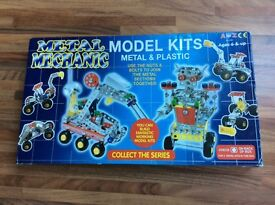 METAL MECHANIC MODEL KITS. 2 MODELS TO MAKE. BRAND NEW IN BOX. SUIT AGE 6+