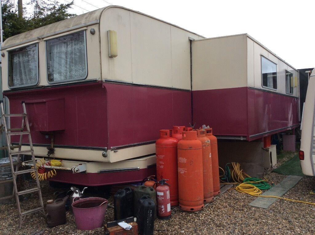 simpson caravan mobile home in wickford essex gumtree