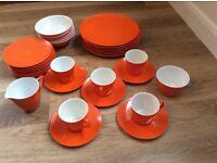 RETRO VINTAGE MELAWARE CUPS SAUCERS PLATES BOWL PICNIC SET