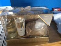 Baylis & Harding Luxury Travel Set