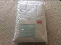 Brand new luxury quilted/waterproof double mattress cover