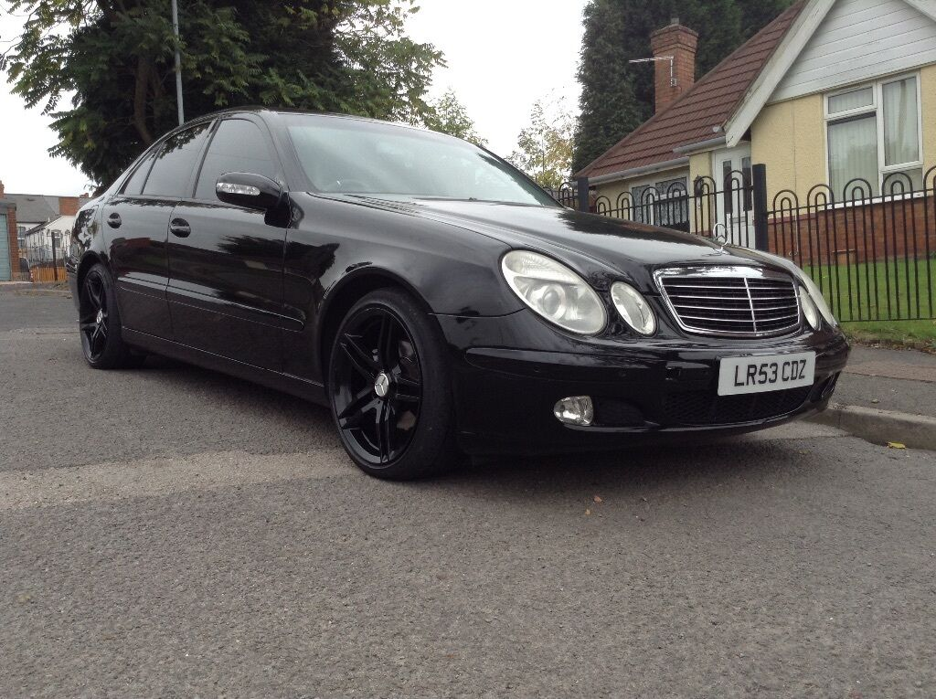 mercedes benz e220 cdi 2003 53 98000 miles full service history 18 inch amg alloys in. Black Bedroom Furniture Sets. Home Design Ideas