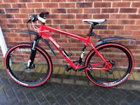 """Specialized rockhopper 27 gears 19"""" frame which is medium super lightweight no time wasters please."""