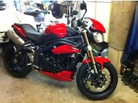 2011 Triumph Speed Triple 1050 Diablo Red very Low Miles Mint Condition