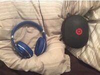 Like new blue WIRELESS bluetooth studio dre beats headphones, like new, quick sale available