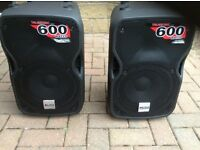 2 Alto Truesonic speakers
