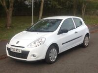 Renault Clio Extreme 1.1 L 30,000 MLS 11 mnths Mot Very clean
