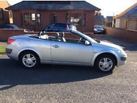 2005 Renault Megane convertible. MOT Nov-2017, 55,000 miles. Roof works with no issues.