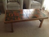VINTAGE RETRO TILED COFFEE/OCCASIONAL TABLE, RECTANGULAR, IN ROSEWOOD SURROUND