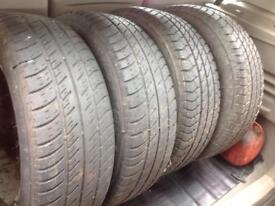 Vauxhall Astra tyres with alloys!