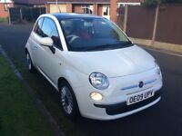Fiat 500 lounge 2009 in white with full red leather trim interior full service history