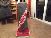I'm selling my oreck Hoover as I bought a new one in very good condition