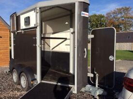 Horse trailer Ifor Williams HB403, graphite grey, hardly used, immaculate