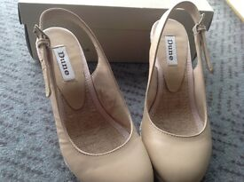 Selection of size 3 women's shoes