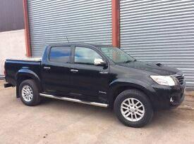 Toyota Hilux Invincible D-4D Full spec.