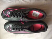 Nike mercurial boots (new condition)