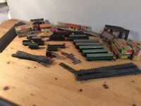 HORNBY DUBLO LOCOS, CARRIAGES AND ACCESSORIES